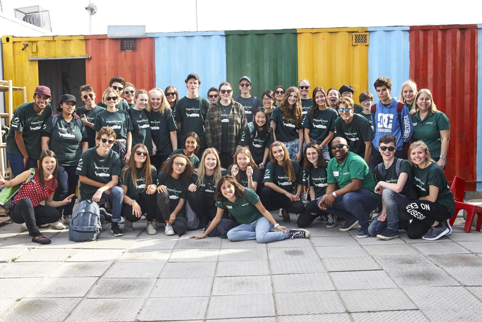 High school volunteer program abroad group photo in South Africa.